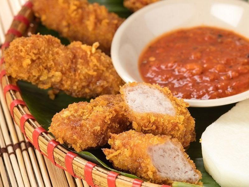 Nem chua rán là món ăn khoái khẩu của nhiêu người